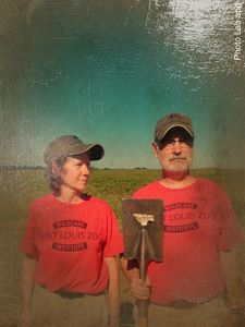 Mel Miller (left) and Bob Merz doing their American Gothic impression